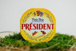 Сыр Petit brie с белой плесенью 60%