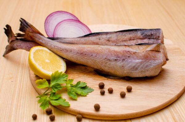 Минтай (социальная рыба)