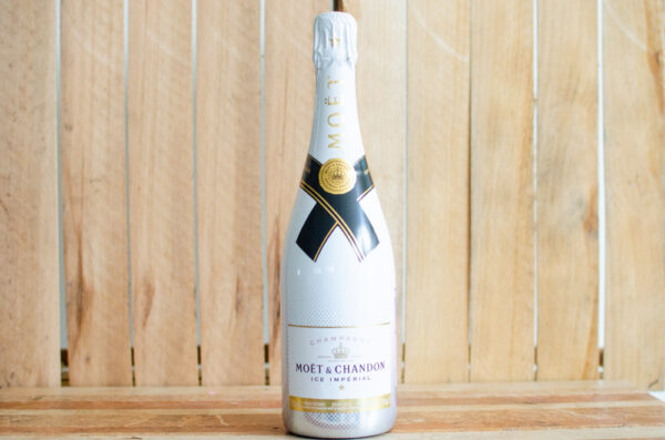 "Шампанское Moet & Chandon, ""Ice Imperial"""