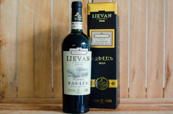 """Вино """"Ijevan"""" отборное, 2015 год"""