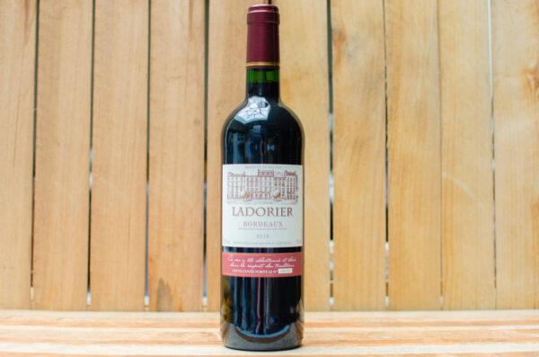 """Вино """"Ladorier"""" Bordeaux"""